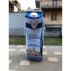 Mascotte personalizzata Fattoria Latte Sano